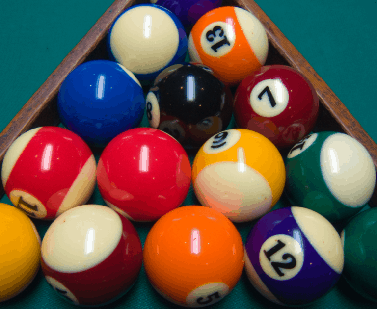 Billiard And Pool Wooden 8-Ball Triangle Rack For Standard 2-1//4 Pool Balls